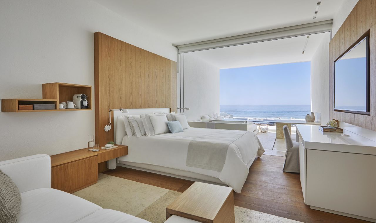 Ocean View King Bed